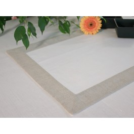 Placemat with 4,5cm border in two colours