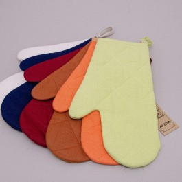 Oven Mitt in two colors