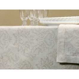 Tablecloth with 3cm border