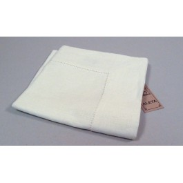 Tablecloth with 8cm border and machine hemstitch