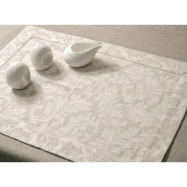 Placemat with 4,5cm border